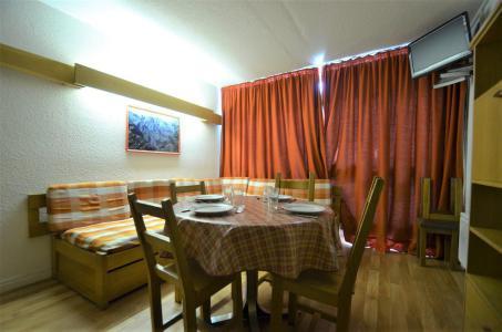 Location au ski Appartement triplex 3 pièces 8 personnes (835) - Résidence Challe - Les Menuires - Plan