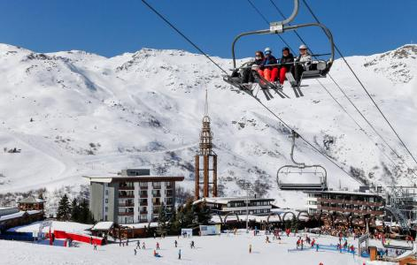 Vacances en montagne Résidence Chanteneige Croisette - Les Menuires - Extérieur hiver