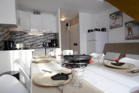 Rent in ski resort 3 room mezzanine apartment 8 people (0109) - Résidence de Caron - Les Menuires