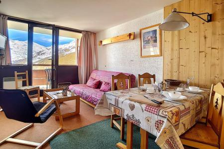 Rent in ski resort 2 room apartment 5 people (AL0703) - Résidence des Alpages - Les Menuires - Bed-settee