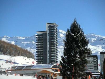 Location au ski Residence Des Dorons - Les Menuires - Extérieur hiver