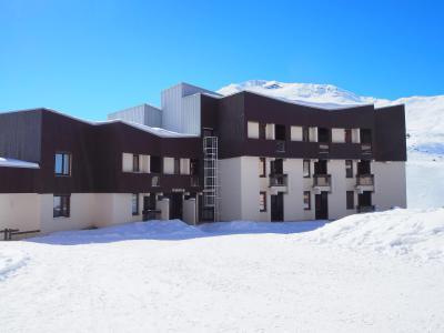 Rent in ski resort Résidence des Origanes - Les Menuires - Winter outside
