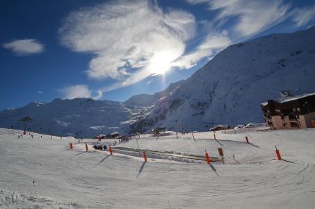 Vacances en montagne Studio 4 personnes (24) - Résidence l'Armoise - Les Menuires - Extérieur hiver