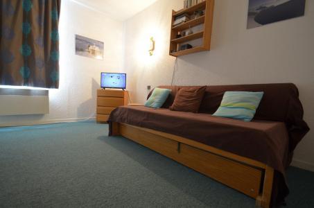 Location au ski Studio 4 personnes (24) - Résidence l'Armoise - Les Menuires - Appartement