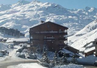 Location au ski Residence L'astragale - Les Menuires - Extérieur hiver