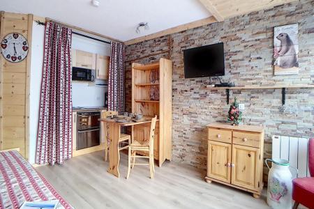 Rent in ski resort 3 room apartment 8 people (4344) - Résidence la Biellaz - Les Menuires - Pull-out sofa