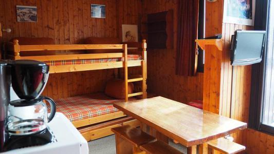 Location au ski Studio 4 personnes (047) - Résidence le Génépi - Les Menuires - Séjour