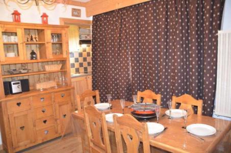 Location au ski Appartement 2 pièces 6 personnes (B53) - Residence Le Jettay - Les Menuires - Coin repas
