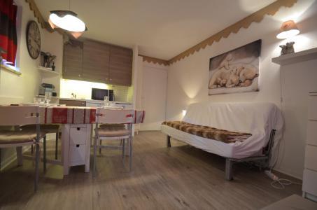 Location au ski Appartement 2 pièces 4 personnes (305) - Résidence le Nécou - Les Menuires - Canapé-bz