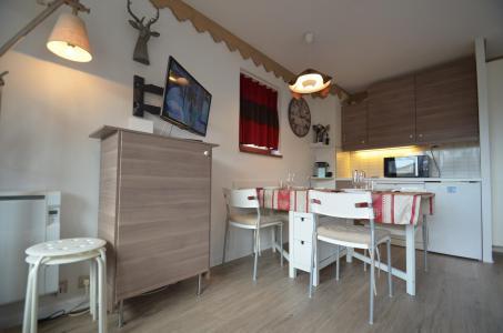Location au ski Appartement 2 pièces 4 personnes (305) - Résidence le Nécou - Les Menuires - Coin repas