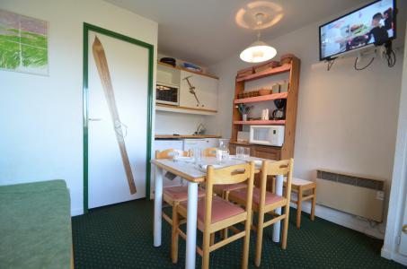 Location au ski Studio coin montagne 3 personnes (503) - Résidence le Nécou - Les Menuires - Séjour