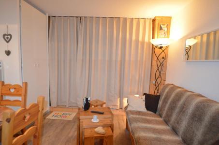Location au ski Studio coin montagne 3 personnes (701) - Résidence le Nécou - Les Menuires - Banquette-lit