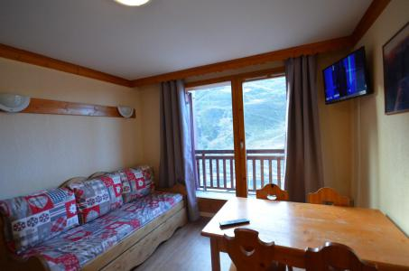 Location au ski Studio cabine 4 personnes (502) - Résidence le Valmont - Les Menuires - Séjour