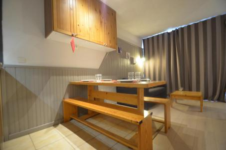 Location au ski Studio 2 cabines 4 personnes (205) - Résidence le Villaret - Les Menuires - Séjour