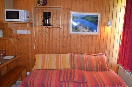Location au ski Studio cabine 4 personnes (712) - Résidence le Villaret - Les Menuires - Séjour