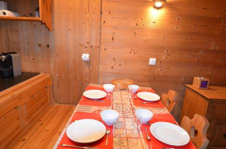 Location au ski Studio cabine 4 personnes (VP520) - Résidence le Villaret - Les Menuires - Cuisine