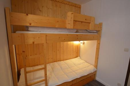 Location au ski Studio coin montagne 4 personnes (316) - Résidence le Villaret - Les Menuires - Chambre