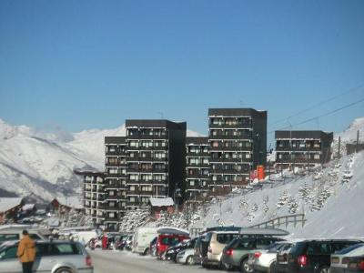 Location au ski Résidence les Alpages - Les Menuires - Extérieur hiver