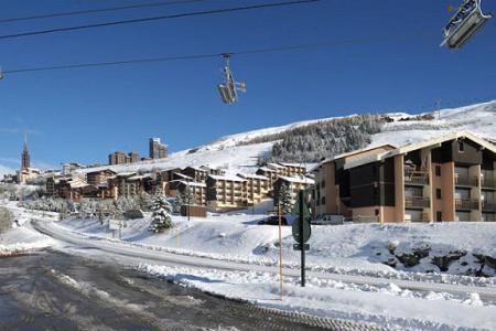 Location Les Menuires : Résidence les Asters B2 hiver