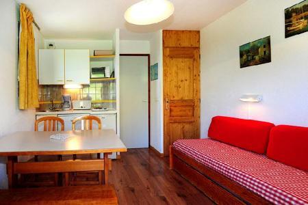 Location au ski Appartement 2 pièces 4 personnes (302) - Résidence les Balcons d'Olympie - Les Menuires - Canapé