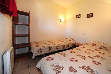 Location au ski Appartement 2 pièces cabine 6 personnes (050) - Résidence les Balcons d'Olympie - Les Menuires - Lit simple