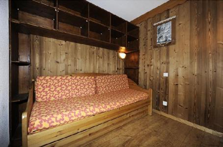 Location au ski Appartement 2 pièces mezzanine 8 personnes (639) - Résidence les Balcons d'Olympie - Les Menuires - Banquette