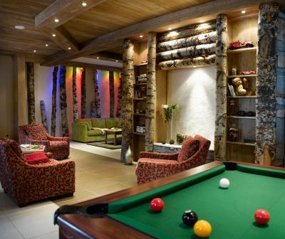 Rent in ski resort Résidence les Clarines - Les Menuires - Pool