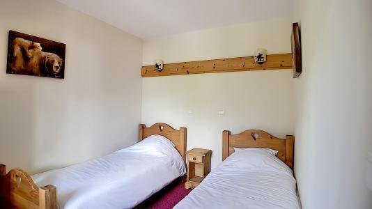 Location au ski Appartement 3 pièces 6 personnes (4) - Residence Les Cristaux - Les Menuires - Lit simple