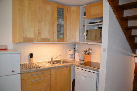 Location au ski Appartement triplex 3 pièces 8 personnes (417) - Résidence Nant Benoit - Les Menuires - Kitchenette