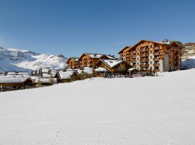 Vacances en montagne Résidence P&V Premium les Alpages de Reberty - Les Menuires - Extérieur hiver