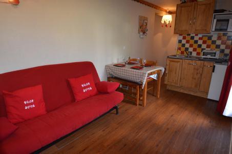 Location au ski Studio coin montagne 4 personnes (428) - Résidence Sarvan - Les Menuires