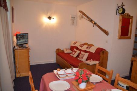 Location au ski Studio cabine 4 personnes (509) - Residence Sarvan - Les Menuires - Séjour
