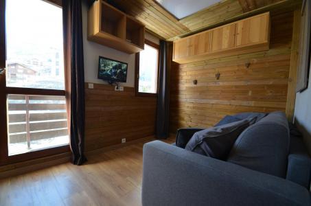 Location au ski Studio coin montagne 3 personnes (402) - Residence Sarvan - Les Menuires - Séjour