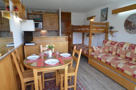 Location au ski Studio 3 personnes (415) - Résidence Tougnette - Les Menuires - Appartement
