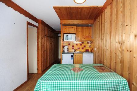 Location au ski Appartement 2 pièces cabine 5 personnes (104) - Résidence Villaret - Les Menuires - Séjour