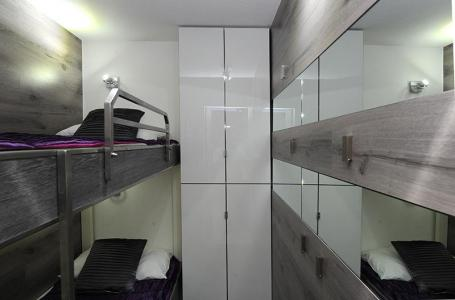 Location au ski Studio cabine 4 personnes (305) - Residence Villaret - Les Menuires - Couchage