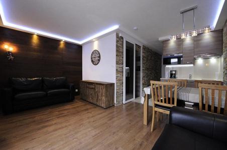 Location au ski Studio cabine 4 personnes (305) - Residence Villaret - Les Menuires - Séjour
