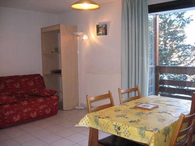 Location au ski Studio 2 personnes (17) - Residence Campanules - Les Orres - Table