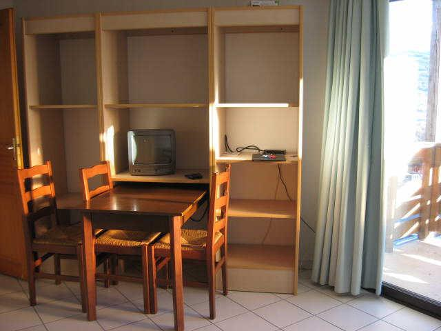 Location au ski Studio cabine 4 personnes (23) - Residence Campanules - Les Orres - Table
