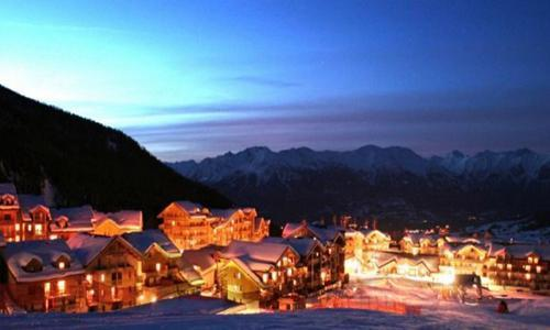 Rent in ski resort Residences La Foret D'or - Les Orres - Winter outside
