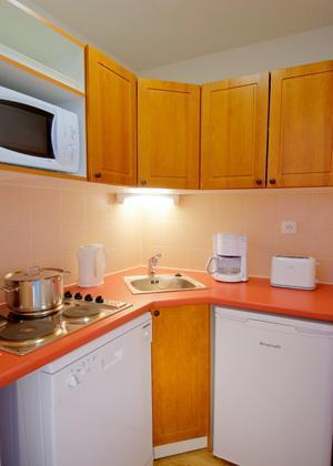 Rent in ski resort Residences La Foret D'or - Les Orres - Kitchen