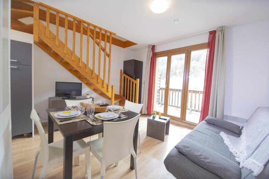 Rent in ski resort Les Terrasses du Soleil d'Or - Les Orres - Living room