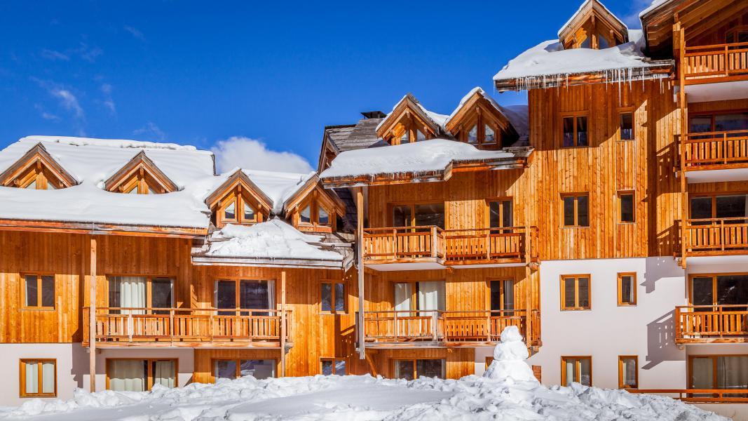 Location au ski Résidence L'Ecrin des Orres - Les Orres - Extérieur hiver