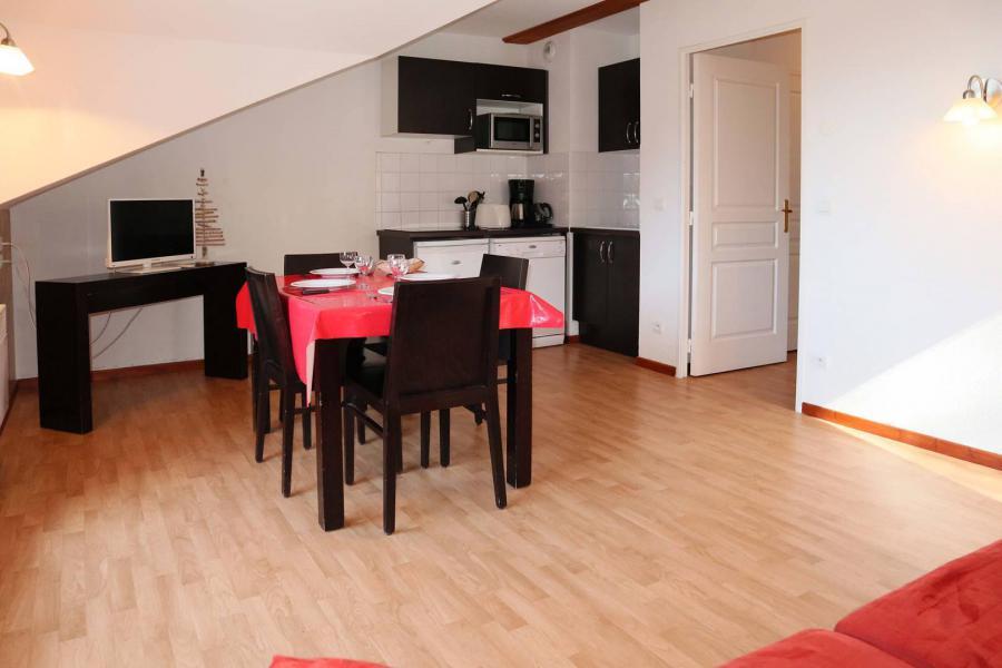Аренда на лыжном курорте Апартаменты 2 комнат 4 чел. (1043) - Résidence la Combe d'Or - Les Orres - Столова&