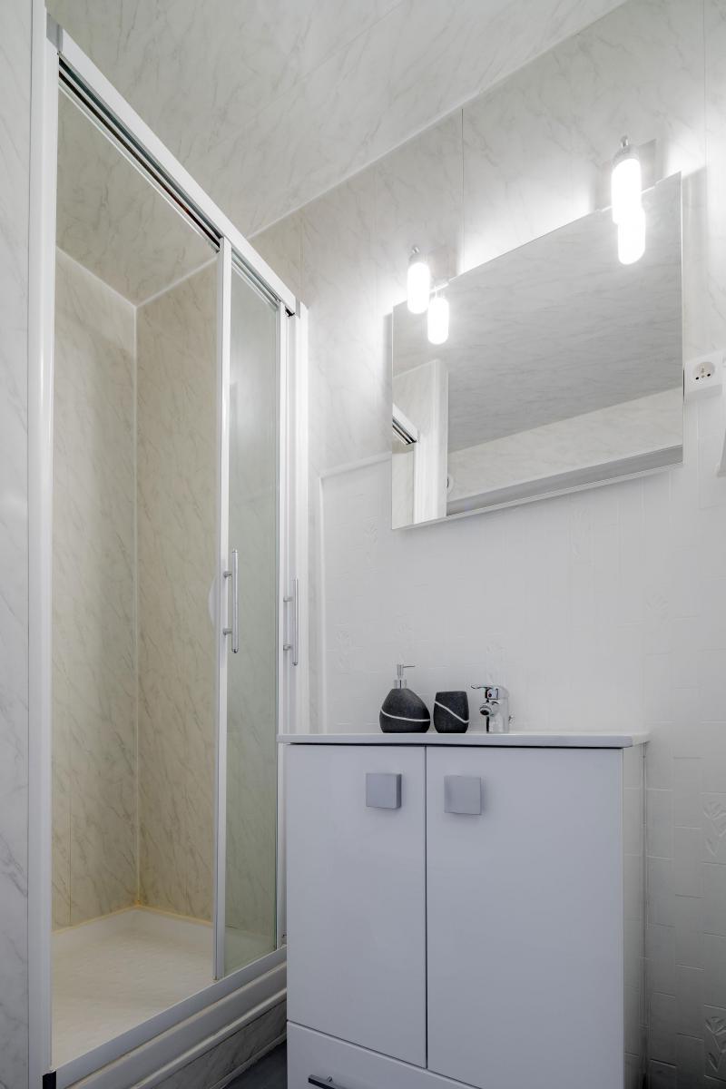 Location au ski Appartement 4 pièces 10 personnes - Résidence le 1650 - Les Orres - Salle d'eau