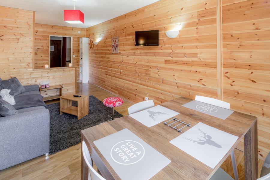 Location au ski Résidence le 1650 - Les Orres - Table