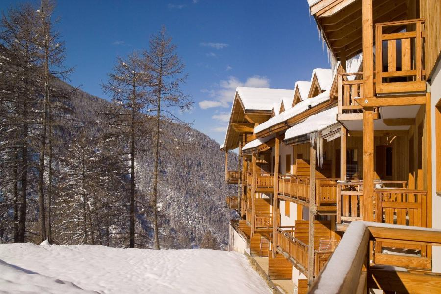 Holiday in mountain resort Résidence le Balcon des Airelles - Les Orres - Winter outside