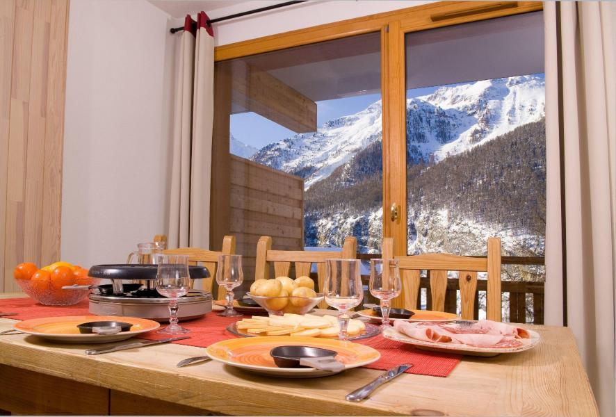 Alquiler al esquí Résidence le Balcon des Airelles - Les Orres - Comedor