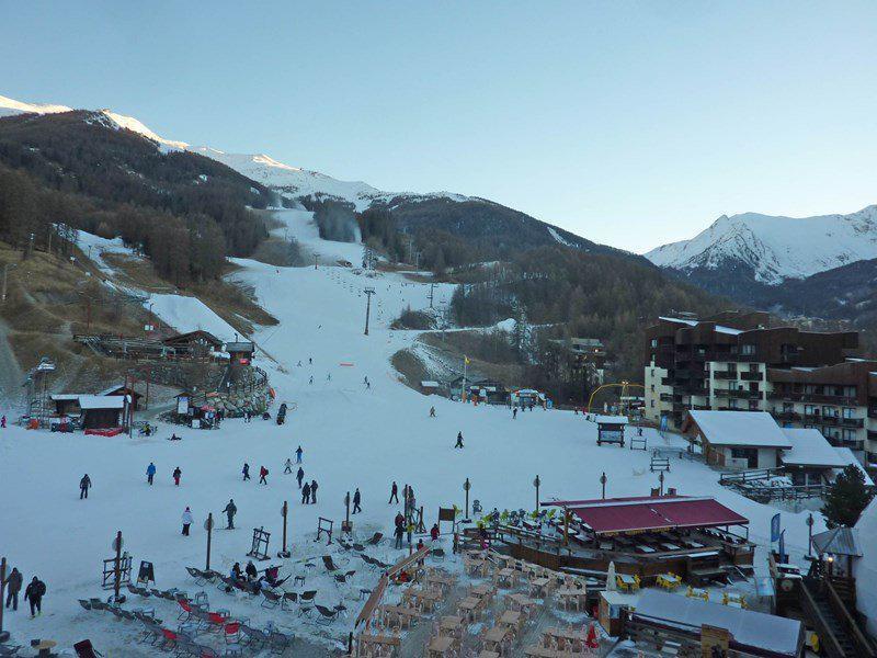 Location au ski Studio 2 personnes (331) - Résidence le Boussolenc - Les Orres - Extérieur hiver