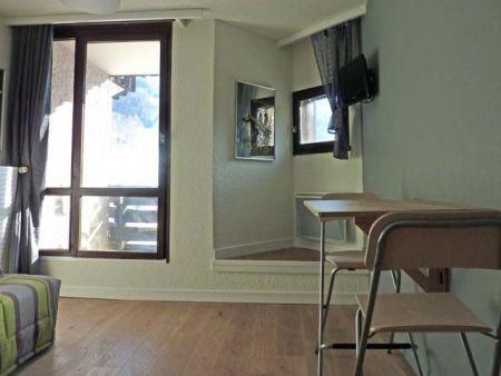 Location au ski Studio 2 personnes (085) - Résidence le Boussolenc - Les Orres - Fenêtre